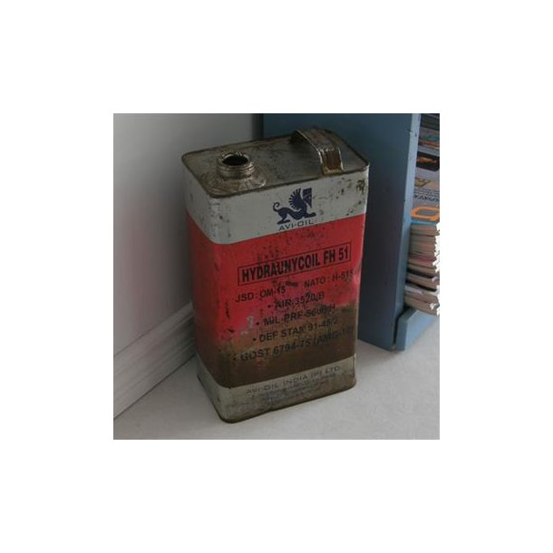 Avi oil can - Gammel oliedunk